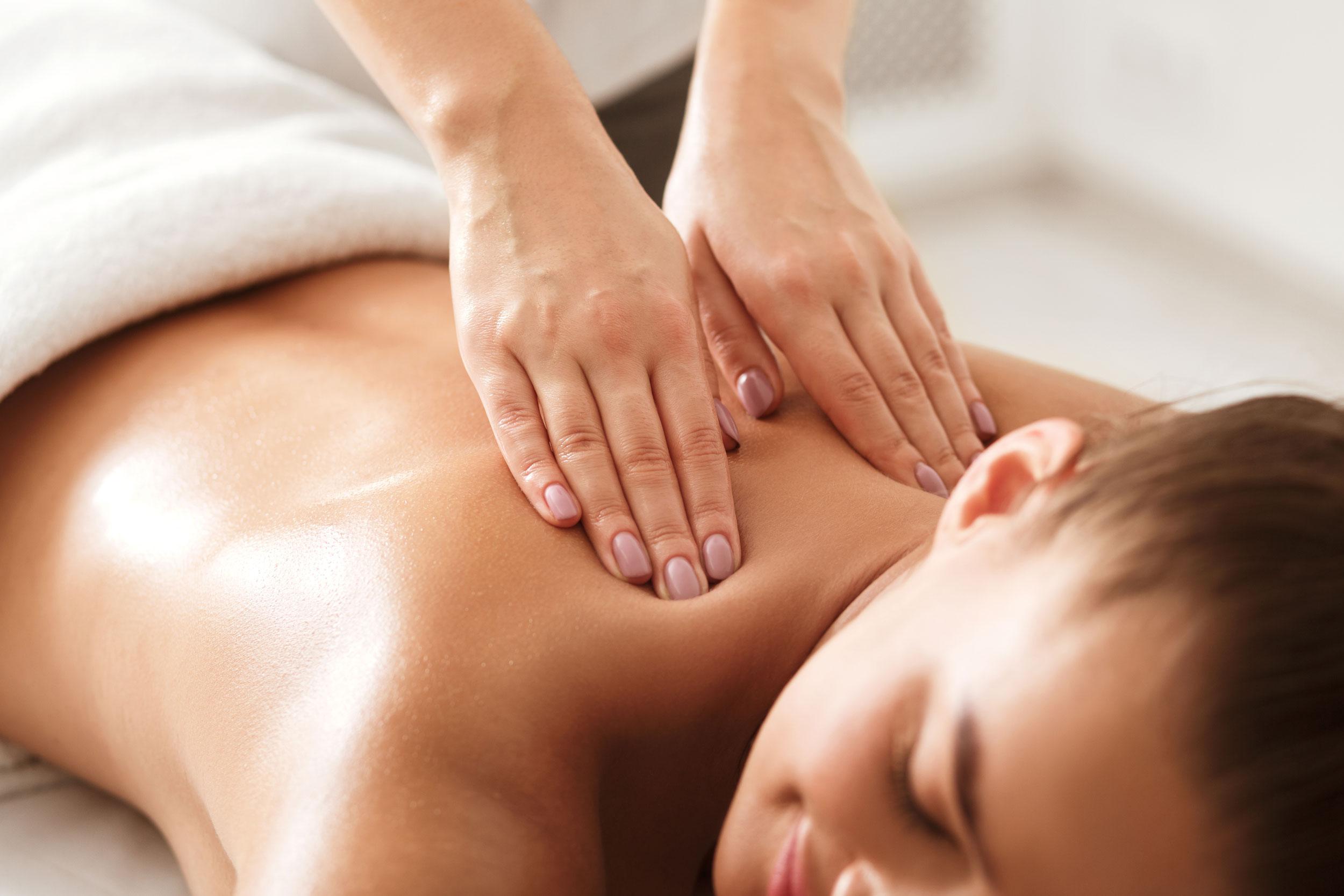 R&R Spa Swedish Massage Treatment