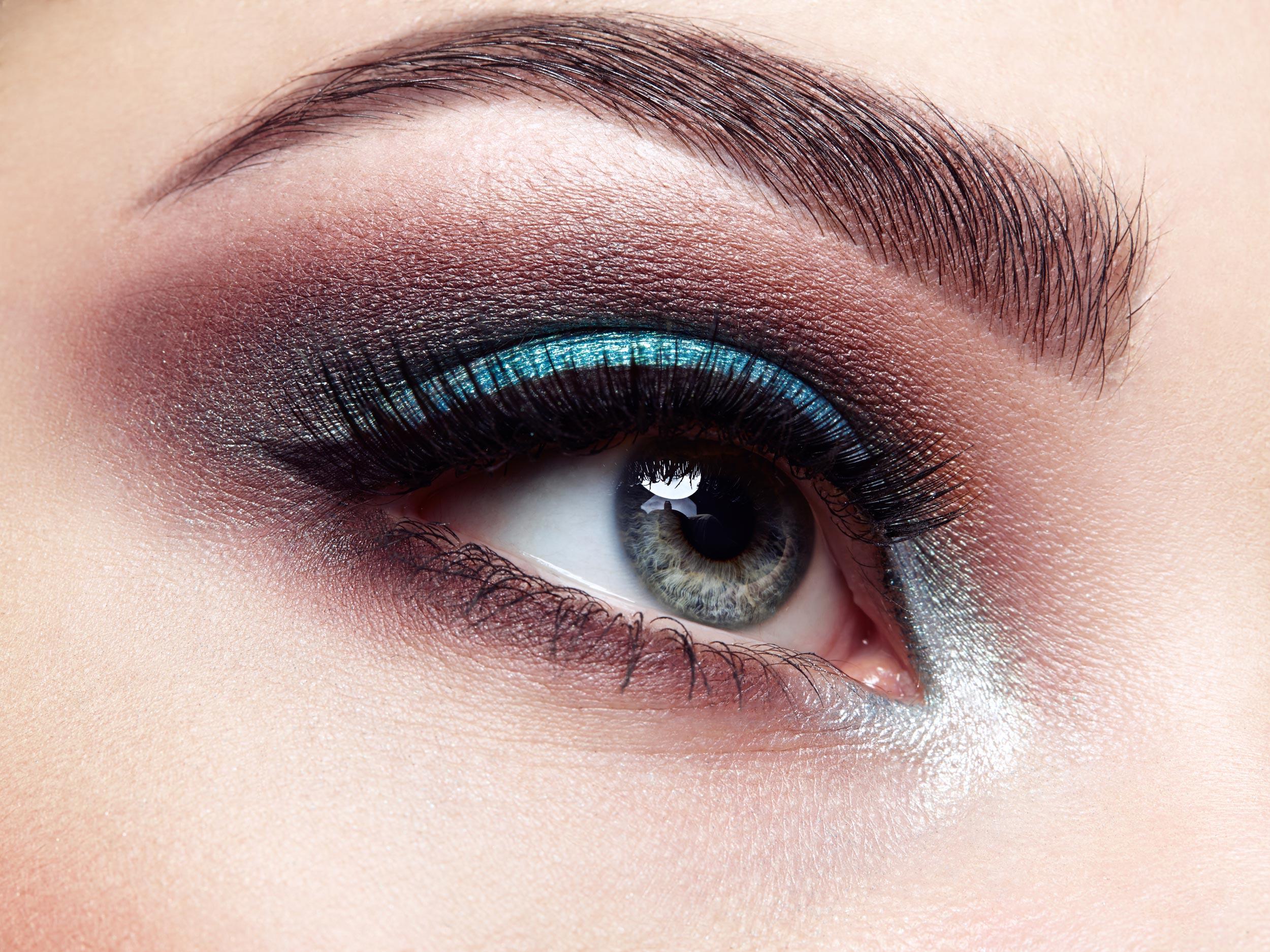 R&R Spa Makeup