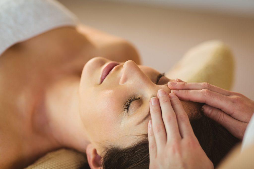 R&R Spa Head Massage Treatment
