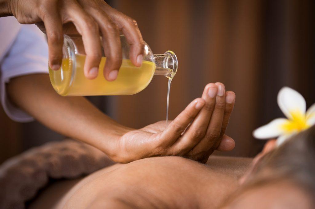 R&R Spa Aromatherapy Masage